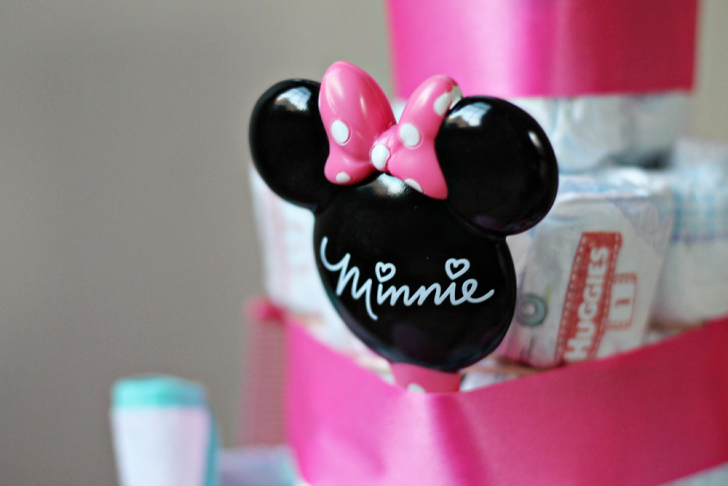 diaper-cake-diy-disney-baby-4